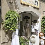 Les cousines des lilas - Lourmarin par Massimo Battesini - Lourmarin 84160 Vaucluse Provence France