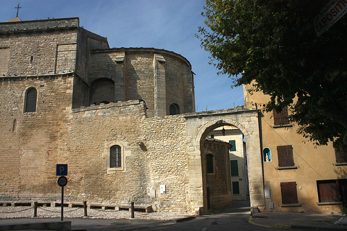 St-Pierre St-Michel fortified church in Malaucène by Sokleine