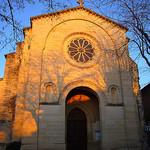 Facade de l'église romaine de Mazan par fgenoher - Mazan 84380 Vaucluse Provence France