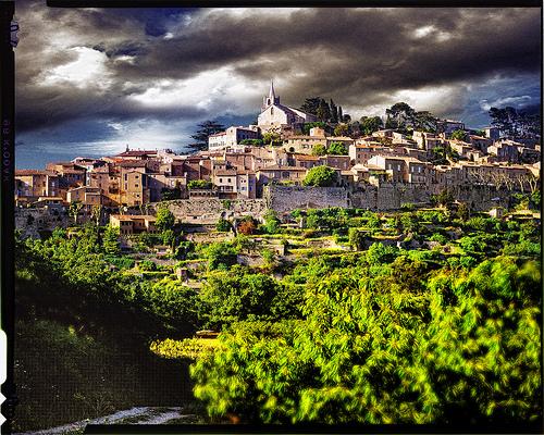 Village de Ménerbes by Patrick Bombaert