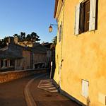 Lumière ! Ménerbes, Vaucluse par DarkB4Dawn - Ménerbes 84560 Vaucluse Provence France