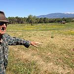 Rencontre avec José, agriculteur au pied du Ventoux by gab113 - Mormoiron 84570 Vaucluse Provence France