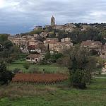 Vilage de Mormoiron en automne by gab113 - Mormoiron 84570 Vaucluse Provence France