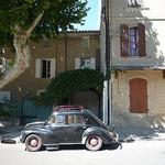 Une auto d'un autre temps par gab113 - Mormoiron 84570 Vaucluse Provence France