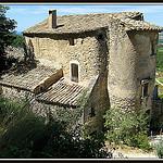 La plus ancienne maison d'Oppède par myvalleylil1 - Oppède 84580 Vaucluse Provence France