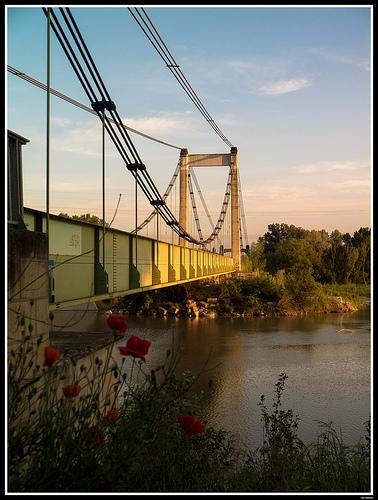 Pont de Pertuis au dessus de la Durance by Alain Taillandier