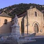 Robion church and WW1 memorial par  - Robion 84440 Vaucluse Provence France