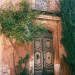 Door: Rouisillon - Provence by curry15 - Roussillon 84220 Vaucluse Provence France