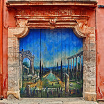 Door : Mural in the streets par strawberrylee - Roussillon 84220 Vaucluse Provence France