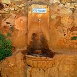 Roussillon : eau potable par Boris Kahl - Roussillon 84220 Vaucluse Provence France
