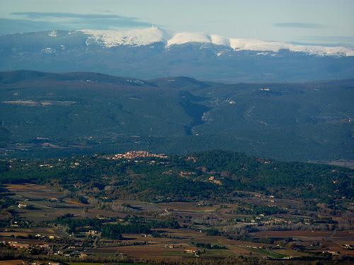 Vue sur roussillon, Vallée du Calavon, Monts de Vaucluse et Mont ventoux par Toño del Barrio
