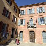 Mairie de Roussillon par Massimo Battesini - Roussillon 84220 Vaucluse Provence France