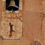 Horloge et cloche à Roussillon by Michel Seguret - Roussillon 84220 Vaucluse Provence France