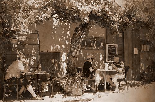 Vintage Roussillon... en terrasse by matejcek