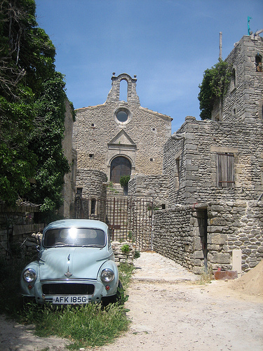 Saignon with old car by barbgl2545