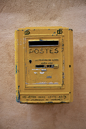 Postes : boite aux lettres par Christopher Swan
