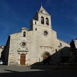Place de l'église à Sault par Sam Nimitz - Sault 84390 Vaucluse Provence France