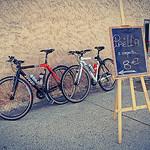 Paëlla à emporter (en vélo) 8 euros by . SantiMB . - Sault 84390 Vaucluse Provence France