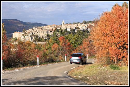 Automne - en Voiture pour Sault by Photo-Provence-Passion