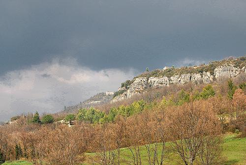 La falaise - Saint-Martin-de-Castillon par Charlottess