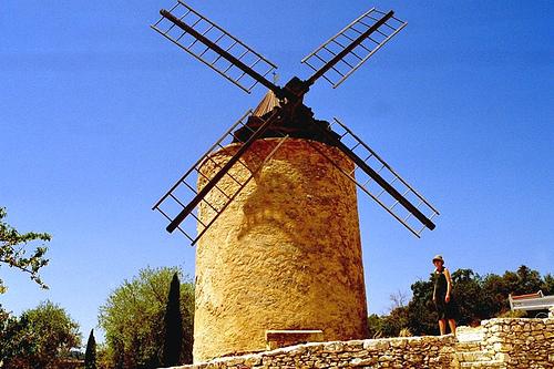 Windmill Saint Saturnin-les-Apt by noranorling