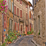 Ruelle de Vaison-la-Romaine par C.R. Courson - Vaison la Romaine 84110 Vaucluse Provence France