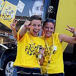 Tour de France : village départ à Vaison La Romaine par Gilles Poyet photographies - Vaison la Romaine 84110 Vaucluse Provence France