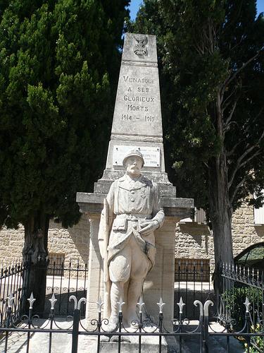 Monument aux morts de Vénasque by gab113