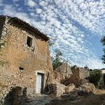 Maison de pierre en ruine by gab113 - Villes sur Auzon 84570 Vaucluse Provence France