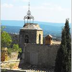 Campanile protège du vent... par Idealist'2010 -   provence Provence France
