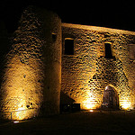 Murailles de Gréoux les Bains la nuit par Olivier Nade - Greoux les Bains 04800 Alpes-de-Haute-Provence Provence France