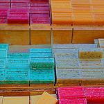 Les savons de Provence tout en couleurs par Gilles Poyet photographies - Nyons 26110 Drôme Provence France