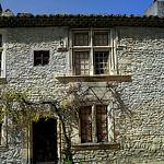 Maison de pierres par Gilles Poyet photographies - Vaison la Romaine 84110 Vaucluse Provence France