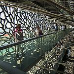 Effet de lumière et de profondeur dans les coursives ajourées du Mucem par feelnoxx - Marseille 13000 Bouches-du-Rhône Provence France