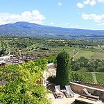Vue du Relai et château de Crillon le Brave par gab113 - Crillon le Brave 84410 Vaucluse Provence France