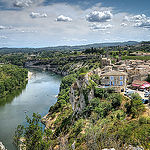 Vu sur le village d'Aiguèze et l'ardèche par deltaremi30 - Aigueze 30760 Gard Provence France