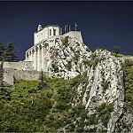 La citadelle de Sisteron sur son éperon rocheux by cicay - Sisteron 04200 Alpes-de-Haute-Provence Provence France