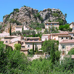Suzette - village accroch par  - Suzette 84190 Vaucluse Provence France