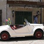 Vieille auto à Saint Saturnin-les-Apt par CME NOW - St. Saturnin lès Apt 84490 Vaucluse Provence France