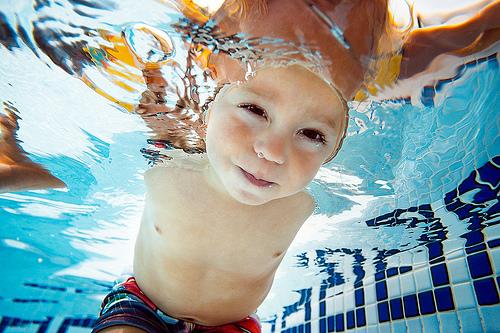 Hello ! Y a quelqu'un sous l'eau ? par danrunisland