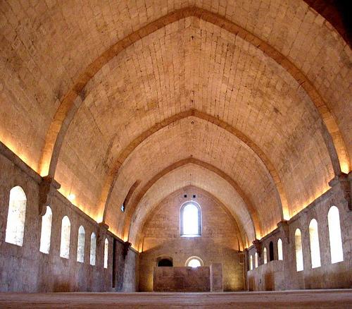 Intérieur de L'Abbaye de Silvacane par YIP2