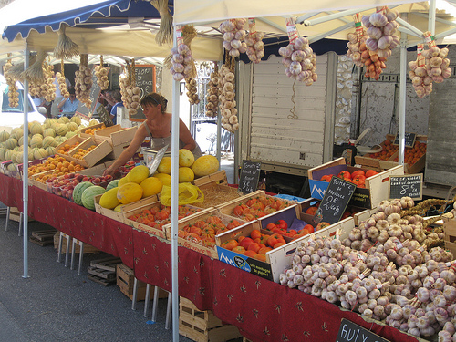 Légumes : Eygalieres market, Provence by Andrew Findlater