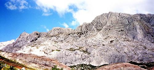 A favourite motif of Cézanne : Mont Sainte-Victoire par Truffle Jam