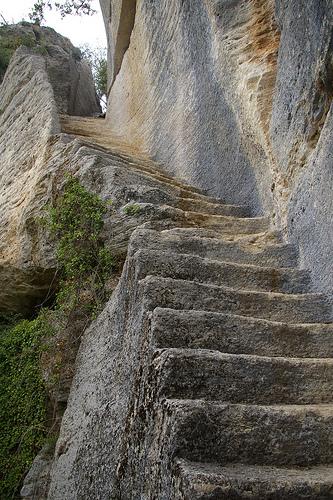 Fort du Buoux,Luberon. Rock steps. par debs-eye