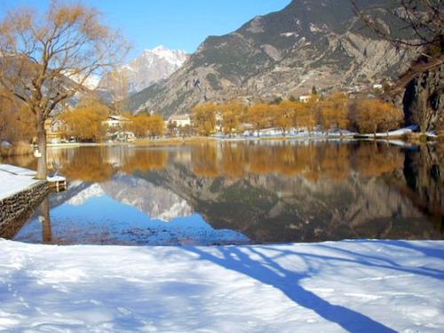 Lac de La Roche de Rame par nosilvio