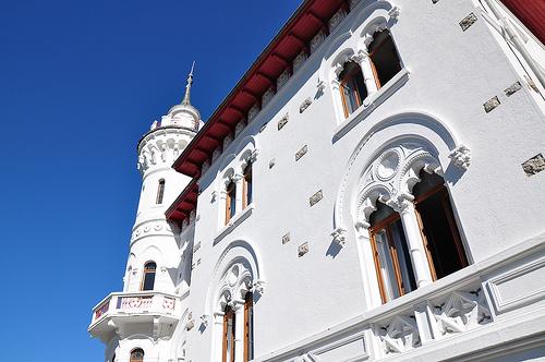 Chateau des Magnans à Jausiers par alpesdehauteprovence-tourisme