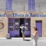 Fête de la Lavande à Valensole par alpesdehauteprovence-tourisme - Valensole 04210 Alpes-de-Haute-Provence Provence France