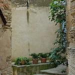 Ruelle à Gordes par Gatodidi - Gordes 84220 Vaucluse Provence France