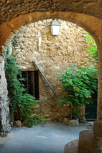 Calles de Lourmarin par Gatodidi