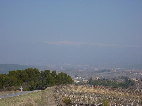 Le Mont-Ventoux se cache dans la brume par gab113